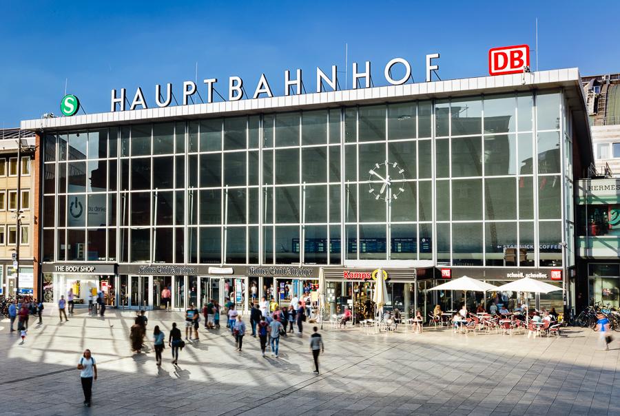 Köln HBF Domseite